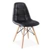 Cadeira com pernas de madeira
